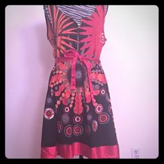 DESIGUAL DRESS 💕DESIGUAL DRESS 39 in Length 34 in bust width💕 Desigual Dresses Midi