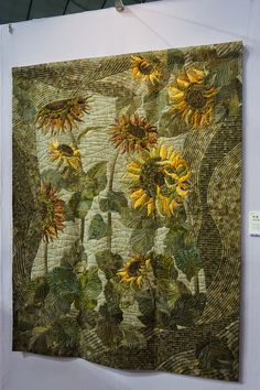 SUNFLOWER QUILT.......................PC...................Gorgeous quilting