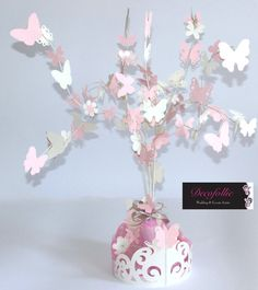 alberello centrotavola o confettata con farfalle e fiorellini Butterfly Party, Butterfly Birthday, Butterfly Decorations, Wedding Decorations, Bridal Shower Centerpieces, Diy Centerpieces, Creation Deco, Alice, Holidays And Events