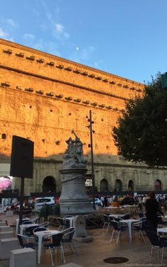 Not everyone who goes to Provence stops to visit Orange, France. I'm not sure why because it's not that far from Avignon and Châteauneuf-du-Pape Orange France, Chateauneuf Du Pape, Provence, Barefoot, Louvre, Building, Travel, Viajes, Buildings