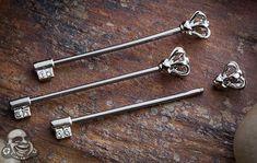 Crown key industrial barbell
