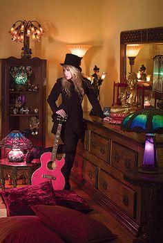 Stevie Nicks: a survivor's story Love this pic!
