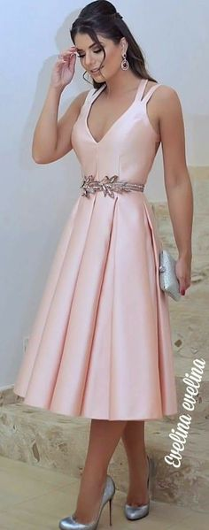 Like this for Bridesmaid Dress -but in sage and with golden leaves belt Elegant Dresses, Pretty Dresses, Beautiful Dresses, Bridesmaid Dresses, Prom Dresses, Formal Dresses, Dress Skirt, Dress Up, Pink Dress