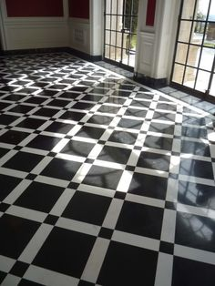 Fabulous black and white marble floor.