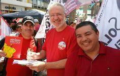 Folha Política: Fotos flagram presidente dos Correios fazendo campanha para Dilma