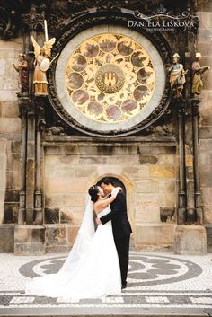 Pre wedding photos with amazing couple from Asia in front of Astronomicla Clock.