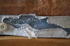 Eco Friendly Upcyced Wrist Cuff recycled denim por remainewicked