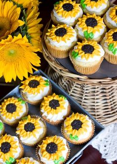 Sunflower Cupcakes for Rustic Fall Weddings
