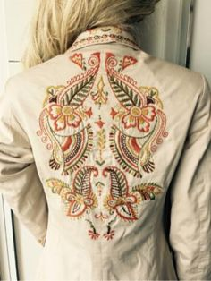 Embroidery Suits Design, Creative Embroidery, Embroidery Applique, Embroidery Designs, Embroidered Clothes, Embroidered Jacket, Sports Hoodies, Painted Clothes, Dresses Kids Girl