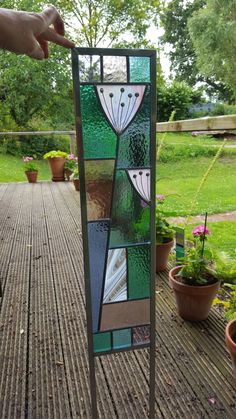 Wishing whiskers Modern Stained Glass, Stained Glass Flowers, Stained Glass Designs, Stained Glass Panels, Stained Glass Projects, Fused Glass Art, Stained Glass Patterns, Leaded Glass, Stained Glass Art