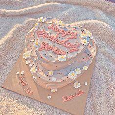 Pretty Birthday Cakes, Pretty Cakes, Beautiful Cakes, Amazing Cakes, Tortas Deli, Mini Cakes, Cupcake Cakes, Simple Cake Designs, Pastel Cakes