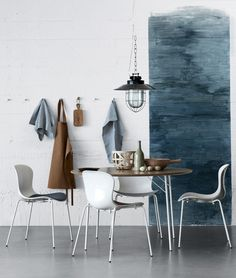 Wonderful dining room inspiration. Pendant lamp } Image Via: Fritz Hansen, Flickr