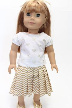 Gold and white pleated skirt by LollyDollyDesigns on Etsy. Made with the LJC Pleated Skirt pattern, available at http://www.pixiefaire.com/products/pleated-skirt-18-doll-clothes. #pixiefaire #libertyjane #pleatedskirt