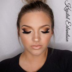 Gradiant Brown Smokey Eye Makeup Tutorial by Krystal Erlandson. Makeup Geek Eyeshadow in Americano, Cocoa Bear, Corrupt, Mirage and Peach Smoothie. Makeup Geek Full Spectum Eye Pencil in Nude.