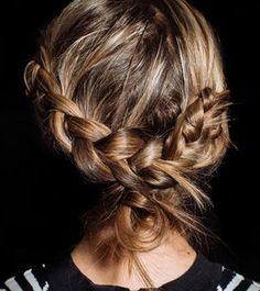 15 Cute French Braid Hairstyles | Dailymakeover My dream hairstyle but I lack the ability to do my hair.. Oh darn.