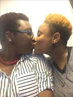 Sex porno black lesbian