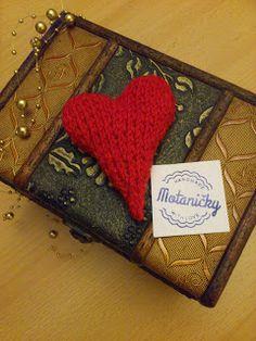 motaničky: pletené srdce