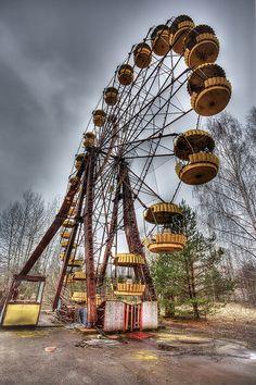 Vergessener und verlassener Freizeitpark. Das sind die verlassene Orte von Chernobyl #LostPlaces #Erinnerungen