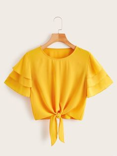 Diy Crafts - Shop Layered Sleeve Knot Hem Blouse at ROMWE, discover more fashion styles online. Teen Fashion Outfits, Trendy Outfits, Girl Fashion, Summer Outfits, Girl Outfits, Fashion Dresses, Cute Crop Tops, Cropped Tops, Teen Crop Tops