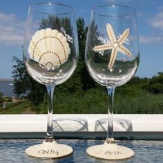 One glass features a starfish and the other a scallop shell. The other side can have an event name like this one with the beach party 2015 or be blank. Each persons name was written in the sand at the base of the glass. They are a fun gift for a beach weekend, girls getaway or vacation memory. Price is for two glasses. Other quantities available. Enjoy your drinks using unique fun designs that you won't see anywhere else. Not thick dollar store glasses! Libbey Stemware. Large 19 oz capacity…
