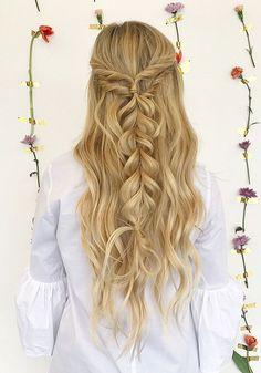 Half up half down hairstyle #promhair #weddinghair #bridesmaidhair #hairstyle #hairideas #knottedcrown #hairstyles