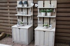 Exterior, Outdoor Furniture Sets, Outdoor Decor, Ladder Decor, Cottage, Diy, Grill Area, Home Decor, Woodworking Ideas