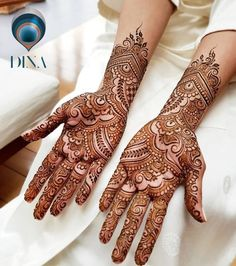 Arabic Mehendi Designs - Check out the latest collection of Arabic Mehendi design ideas and images for this year. Arabic mehndi designs are the most fashionable and much in demand these days. Indian Mehndi Designs, Henna Art Designs, Mehndi Designs For Girls, Modern Mehndi Designs, Mehndi Design Pictures, Wedding Mehndi Designs, Latest Mehndi Designs, Mehndi Images, Beautiful Mehndi Design
