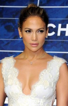 Jennifer Lopez Photo - JLo sits front row at Chanel with Emme