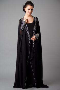 she9 Para Niñas Fshions: Designer Embroidered Abaya Collection 2013-2014   New Abaya Collection
