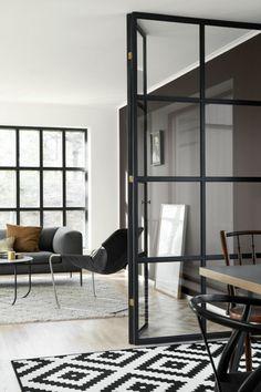 cloison en verre, appartement scandinave avec cloison vitrée
