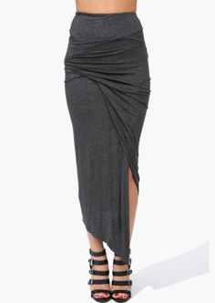 Triangle Layer Skirt .... Something about the combination of soft draping and sharp angles in this appeals to me. Looks edgy yet comfy :)
