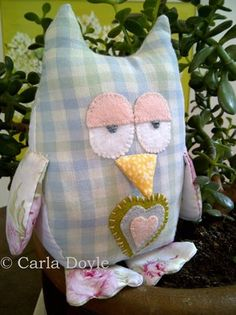 Hoot Hoot - he's for sale, but I have similar stuffy patterns - I like the simple jumbo gingham used for his body, his 3D nose, and those sleepy eyes, lol!