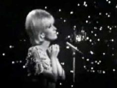 ▶ Re: Dusty Springfield-you don't have to say you love me - YouTube