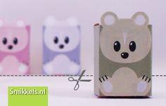 Traktatie rozijnen beertjes | met gratis print voorbeeld  |  Healthy raisins box treat with free printable bears | Smikkels.nl