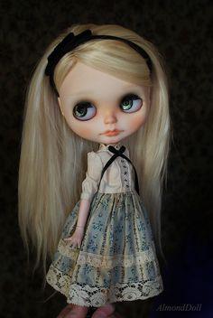 Alice <3 by AlmondDoll, via Flickr