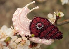 Felt snail brooch vinous burgundy от UniversesSwirls на Etsy, $25.00