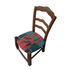 Resized Ragged Robin. This chair lost both its front legs. Word on the street blamed the loss on bad circulation. I reckon it was loose women and booze wot done it. If you going to lose 'em, might as well do it with a smile on your face.
