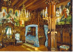 King Ludwigs Castle Neuschwanstein Royal Bedroom Places To Visit Luxor, Inside Castles, Castle Bedroom, Royal Bedroom, Palace Interior, Sleeping Beauty Castle, Sleeping Beuty, Germany Castles, Neuschwanstein Castle