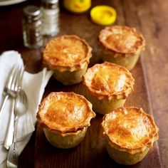 These individual beef pies may take a while to prepare, but the succulent meat and perfect pastry are well worth the effort. Pie Recipes, Cooking Recipes, Curry Recipes, Turnover Recipes, Recipies, Savory Pastry, Savoury Pies, Choux Pastry, Pizza Rustica