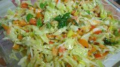 Léto je pomalu, ale jistě v plném proudu. Těžká, hutná a smažená jídla ne vždy v těchto horkých dnech příjdou vhod. Většina z nás raději momentálně sáhne po zeleninové variantě, která je nejen chutná, ale také zdravá. Takový zeleninový salát náš žaludek nijak nezatíží a naše zdraví také nepříjde zkrátka. …