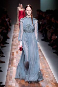 So romantic! Valentino Fall 2013 #runway #fashionweek