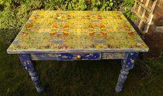 Table+Top+Transformation....napkin+Decoupage+++DIY+Tutorial