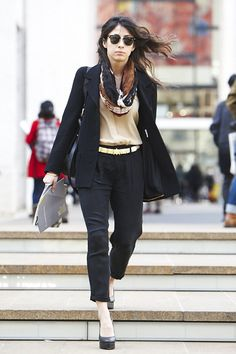 Google Image Result for http://www.glamour.com/fashion/blogs/slaves-to-fashion/0315-cropped-pants_fa.jpg