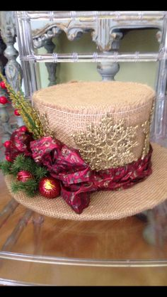 Burlap top hat Christmas decor