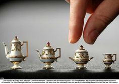 Mini tea set owned by Queen Alexandra of Denmark. 1cm in height! kn