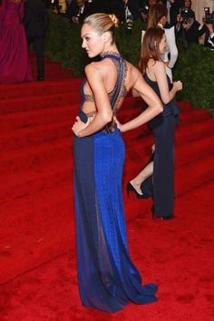 Electric blue Rag & Bone on Candice Swanepoel