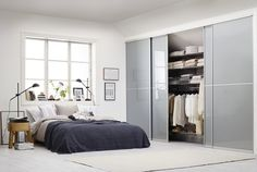 7 motivos por los que invertir en un buen armario de obra #hogarhabitissimo #escalera