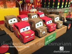 Mcqueen y Mate Cars favor boxes/Cars candy bar/ Mesa de dulces Cars/Cumpleaños Cars