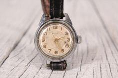 Watch Vesna - Soviet watch - Working watch - Vintage wrist watch - Mechanical watch Vesna - 1960s wrist watch - Mechanical movement watch