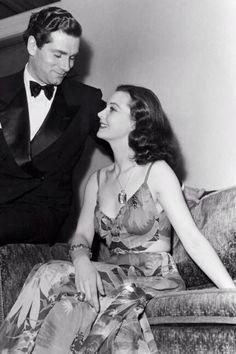 Glamorous Vivien Leigh (Oh, Scarlett) at the Oscars, 1940